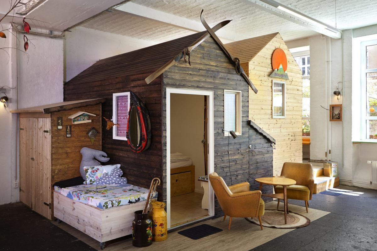 h ttenpalast. Black Bedroom Furniture Sets. Home Design Ideas